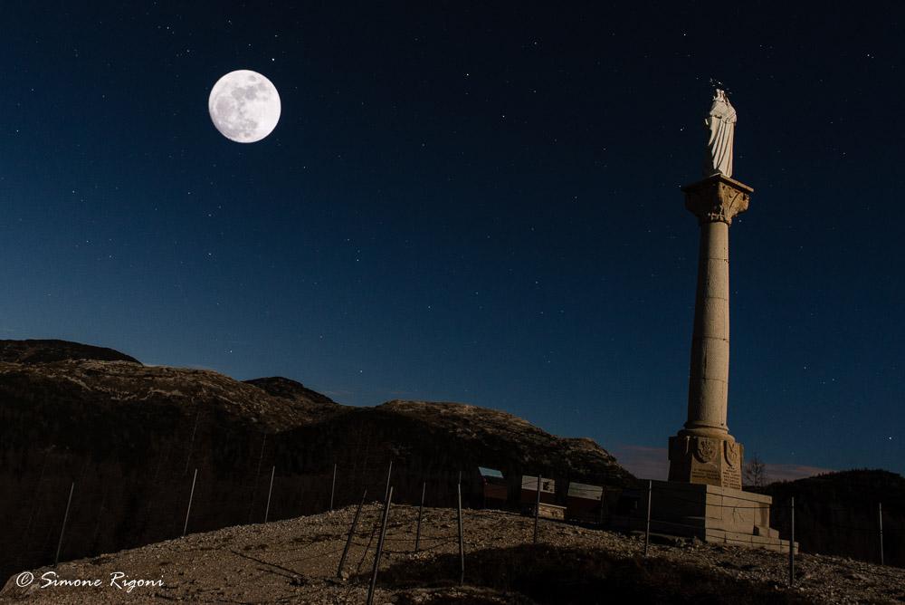 dsc_1938-madonnina-del-lozze-in-una-notte-di-luna-piena